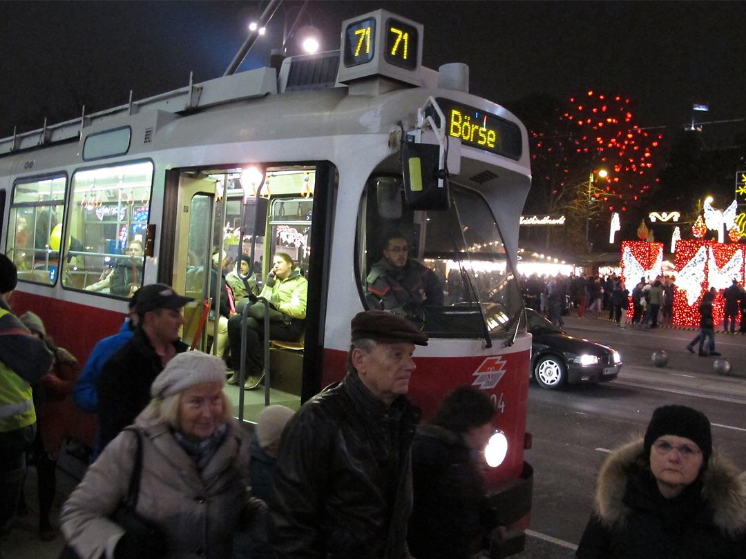 Tramstop, Vienna